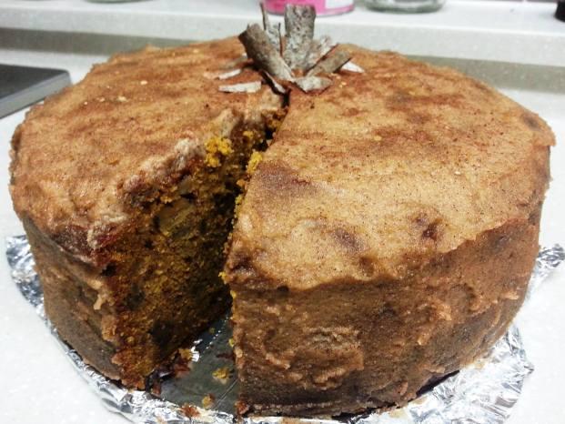 cinnamon-walnut-pumpkin-cake
